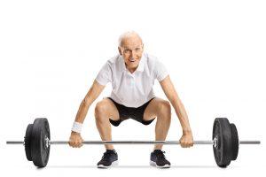 Sarcopenia anziano allenamento pesi