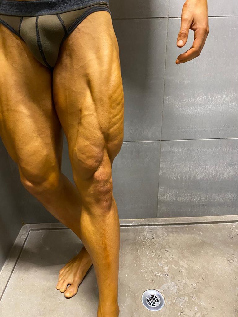 quadricipite bodybuilder davide cecchel